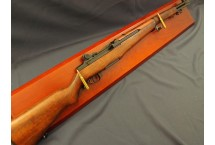 REPLIKA KARABINU GARAND M-1 NA TABLO DENIX MODEL 1105+T+34