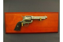 REPLIKA NA TABLO REWOLWERU PEACEMAKER S.COLT DENIX MODEL 1108G+TM+30