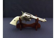 REPLIKA REWOLWER PEACEMAKER NA STOJAKU S.COLT DENIX MODEL 1150NQ+801